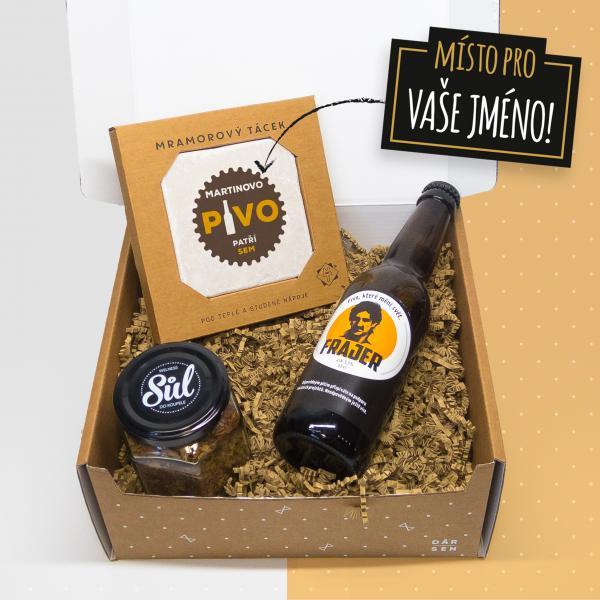 Dárkový balíček s táckem a pivem